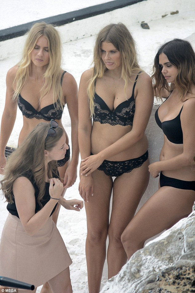 Australia's Most Highly Recognised Models Shoot At Bondi