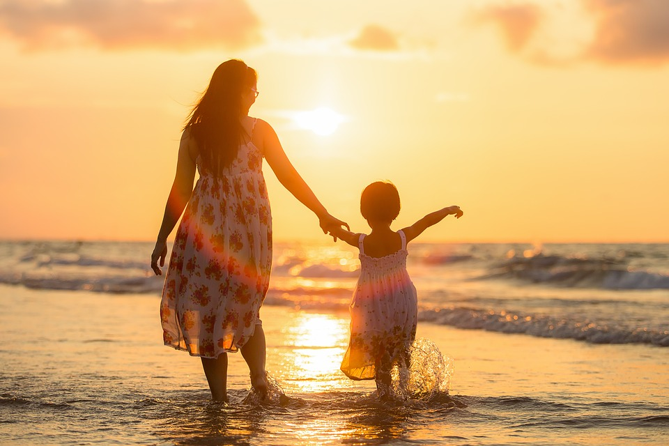 10 Critical Decisions That Mothers Should Be Entrusted To Make For Their Kids