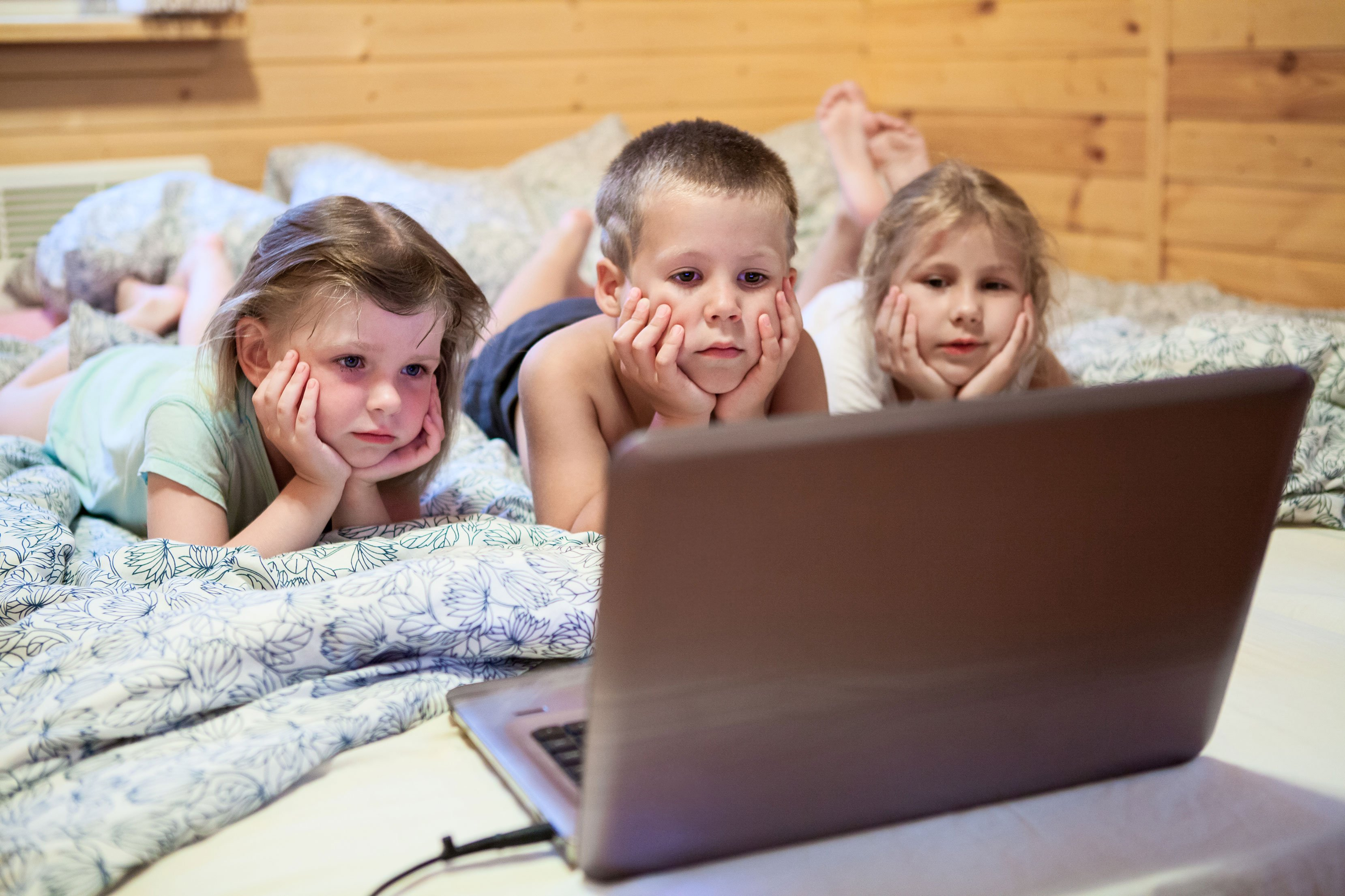 Kids From Overuse Of Technology_3