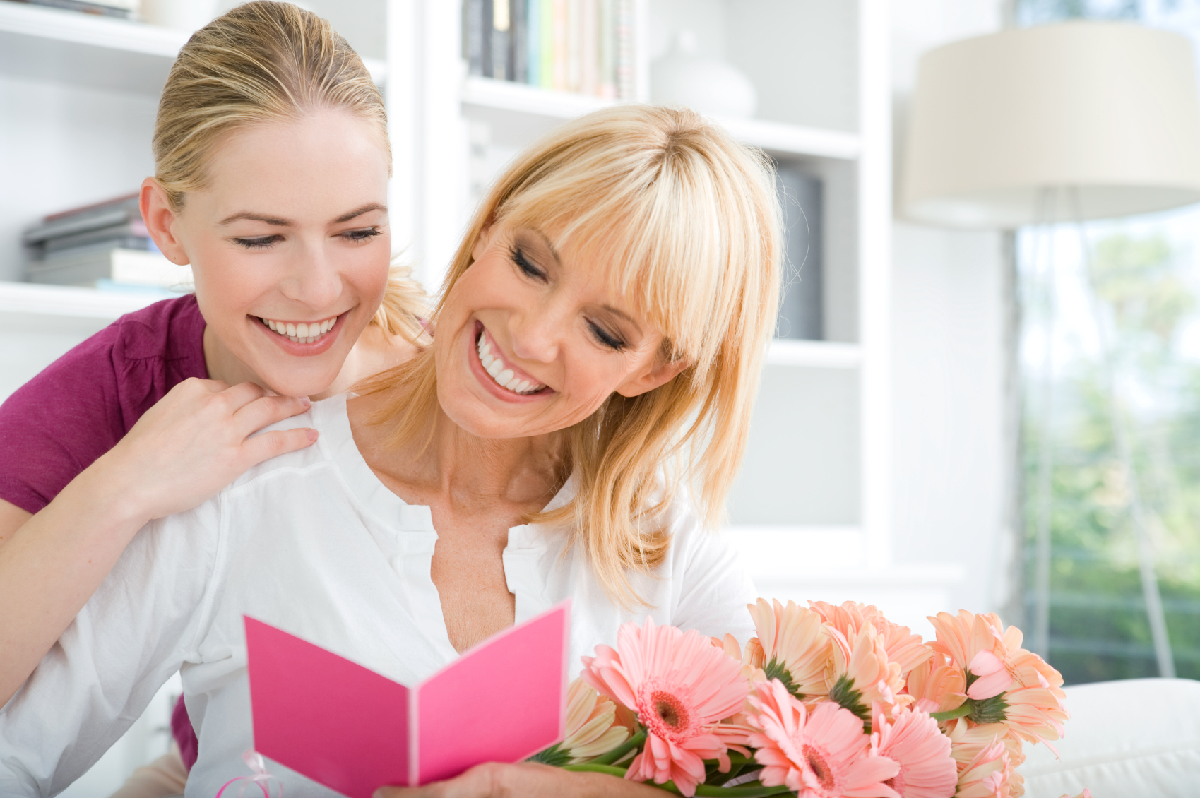 Mother's Day -Touching Gifts To Gift Your Mom