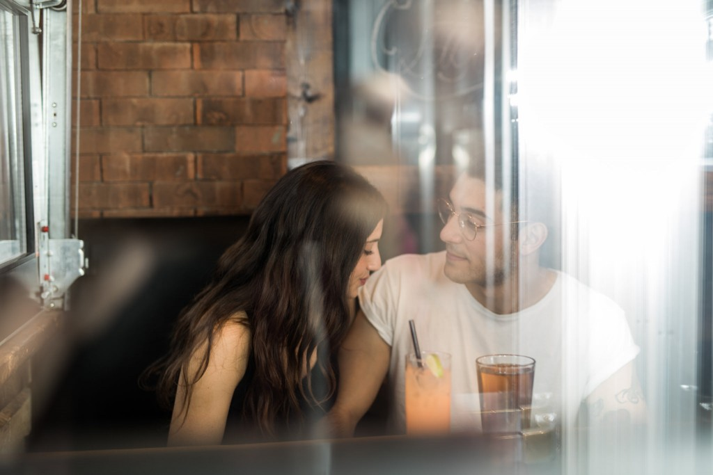 4 Signs Your Ex is Still Into You