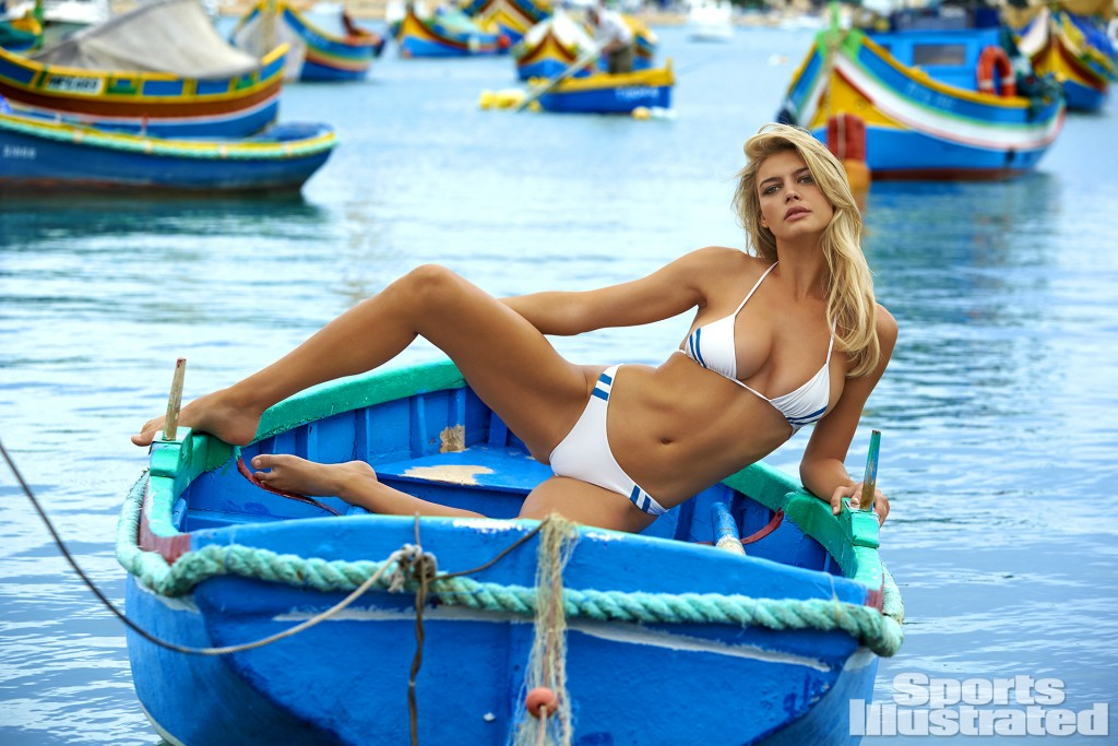 The 40 Most Beautiful Photos Of Kelly Rohrbach