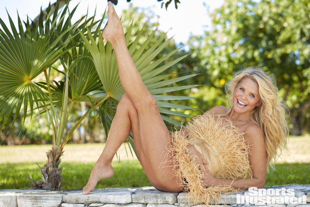 Swimsuit 2017: Turks & Caicos Christie Brinkley Turks & Caicos 09/14/2016 SWIM158 TK5 Credit: Emmanuelle Hauguel