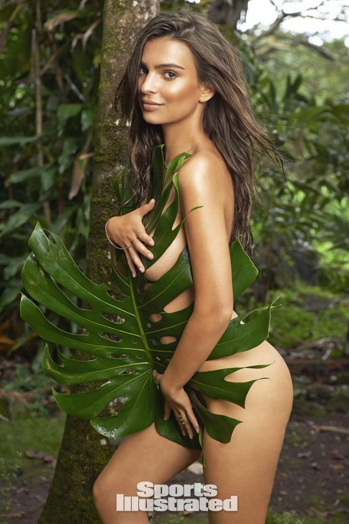 Swimsuit: 2015 Issue: Portrait of Emily Ratajkowski during photo shoot. Kauai, Hawaii 4/26/2014 CREDIT: Yu Tsai SetNumber: X158020 TK2