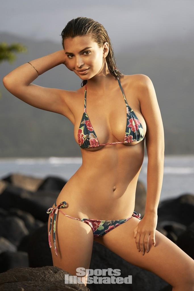 Swimsuit: 2015 Issue: Portrait of Emily Ratajkowski during photo shoot. Swimsuit by Solkissed Swimwear. Kauai, Hawaii 4/27/2014 CREDIT: Yu Tsai SetNumber: X158020 TK2