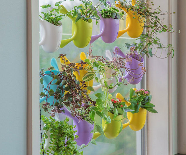 indoor-suctioned-window-planter