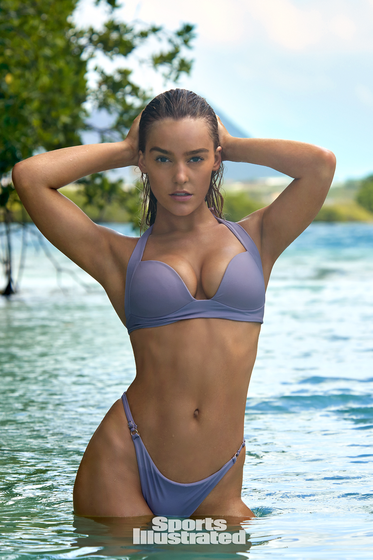 Georgia Gibbs Cleavage Nude Photos 24