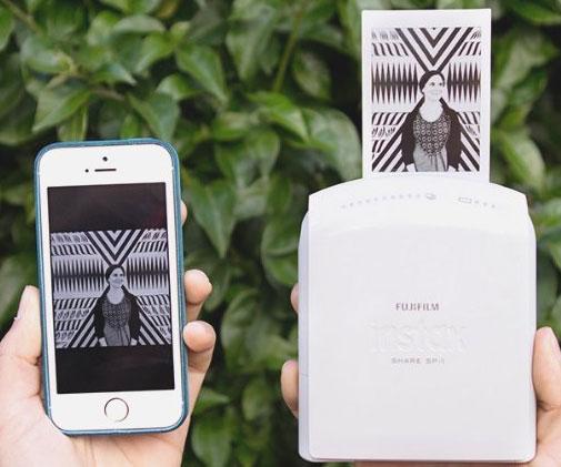 smartphone-instant-film-camera