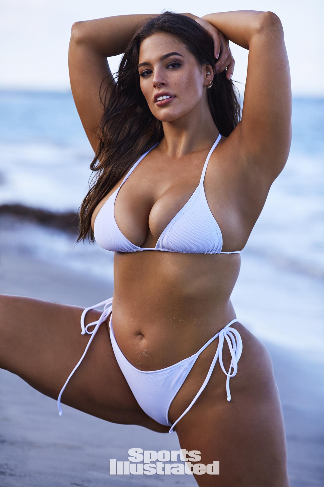 Julia kruis bikini contest
