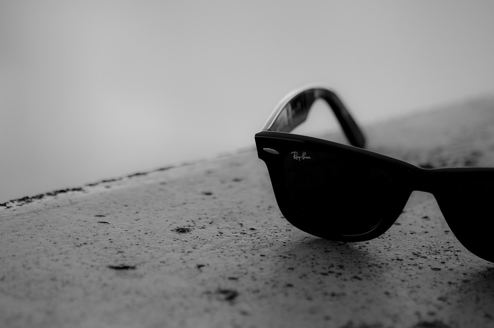 sunglasses-692517_960_720