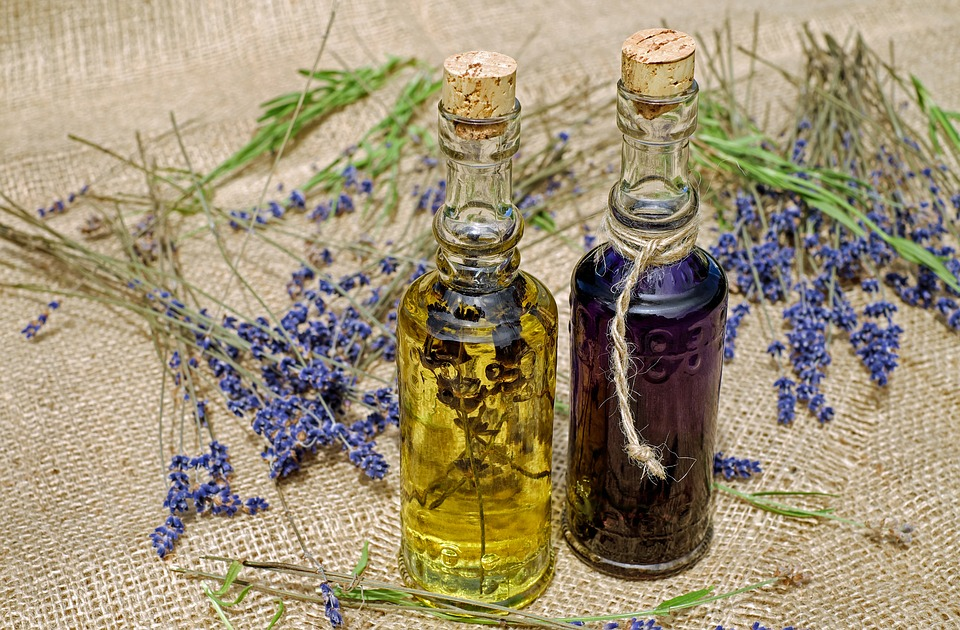 Lavender oil - Tips For Avoiding Migraine