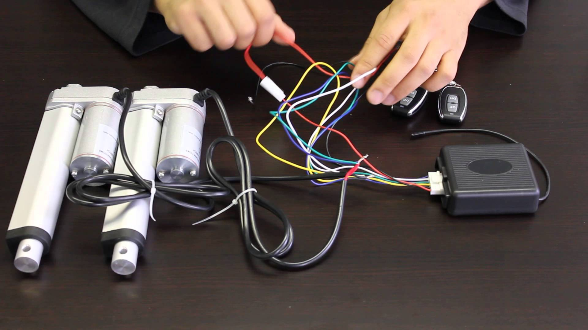 step by step how to wire a linear actuator