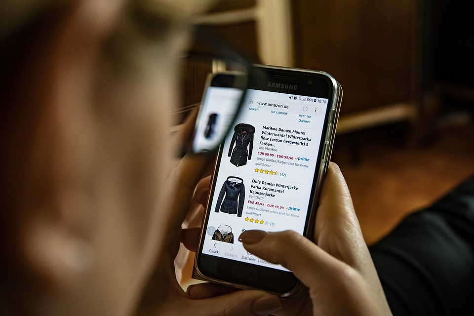 Saving Money When Buying Clothes Online