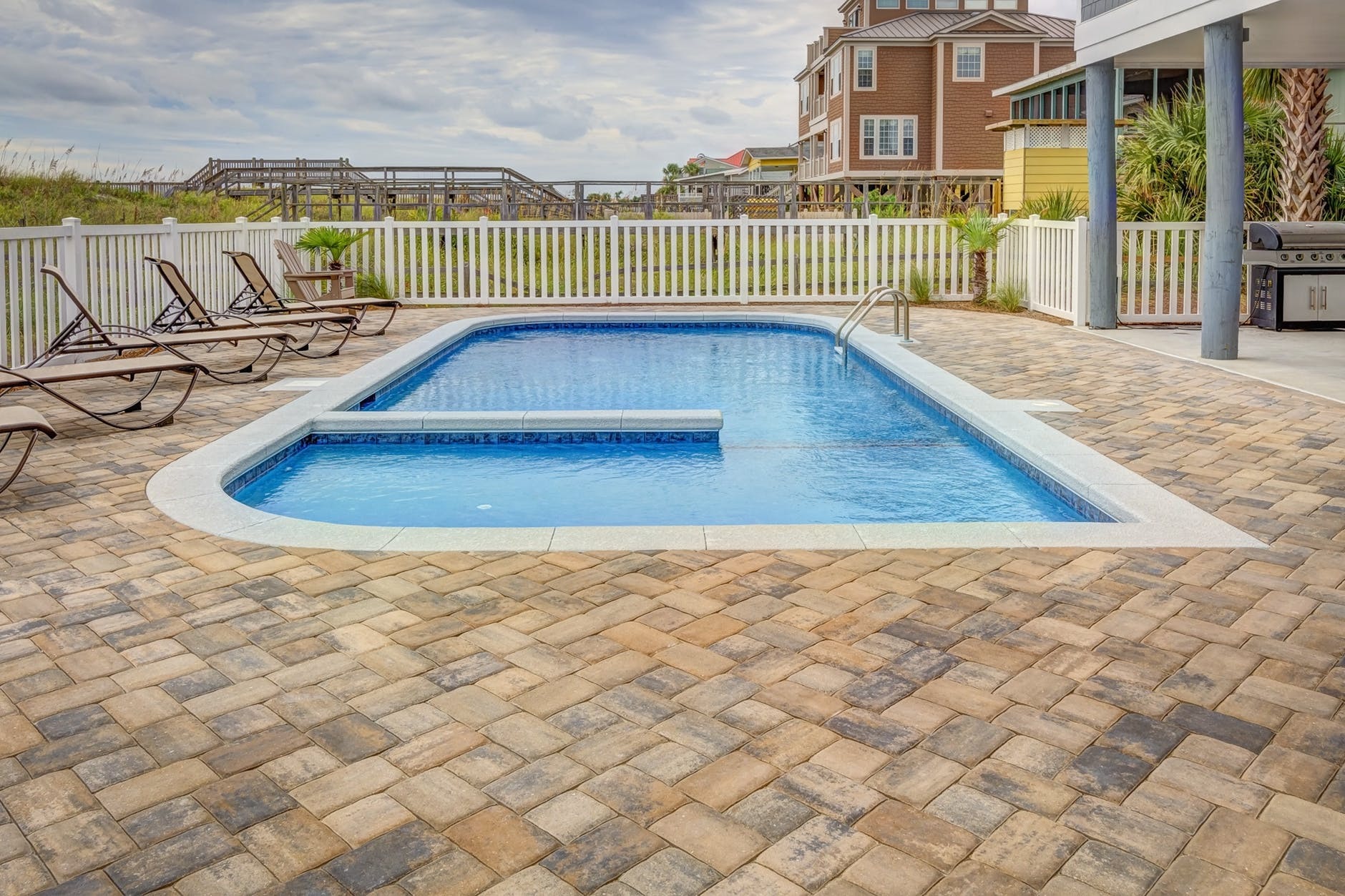 Things In Mind When Buying An Outdoor Patio Tile