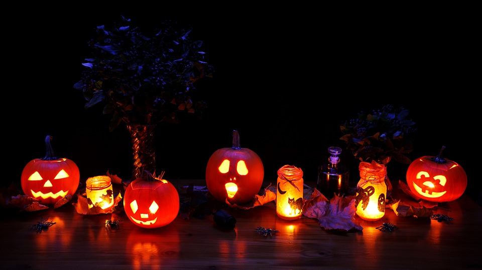 Best Halloween Table And Home Decorations Ideas