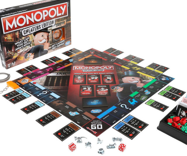 Hasbro Gaming Monopoly Cheaters Edition Family