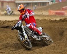 Dirt-bike Helmet2