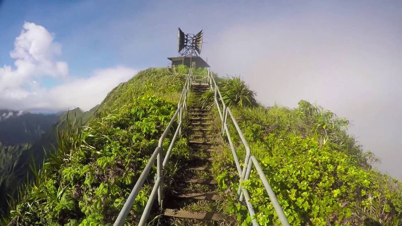 Haiku Stairs In Oahu, Hawaii
