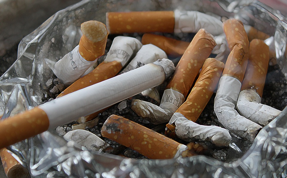 Smoking - Lifestyle Changes To Prevent Brittle Bones
