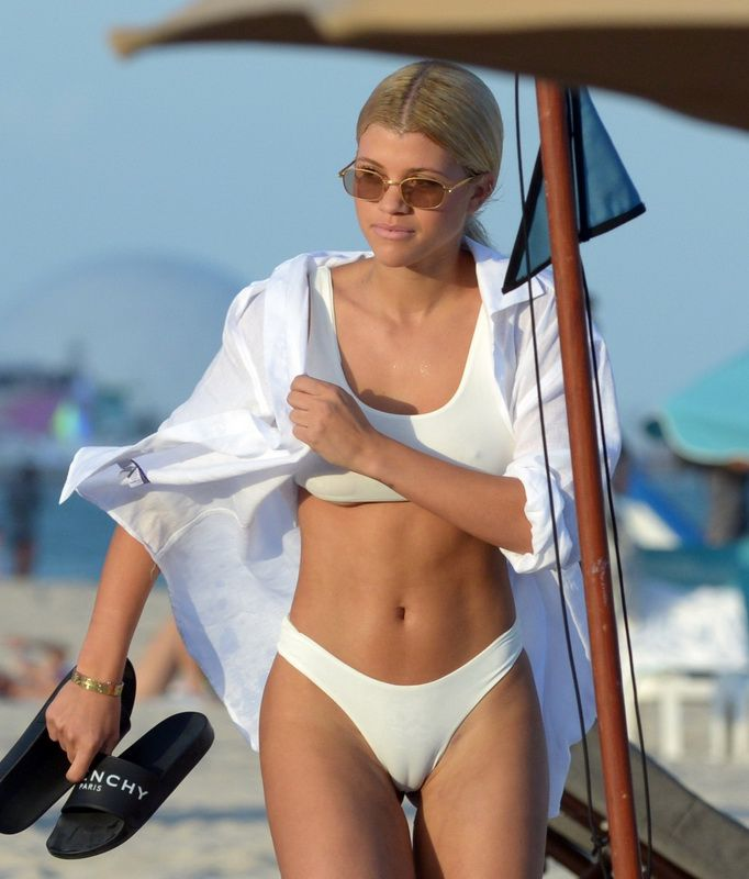 Sofia Richie Cameltoe In White Bikini In Miami