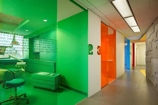 Colourful Dental Clinic