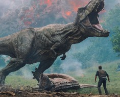 Watch Movie Jurassic World This Weekend_1