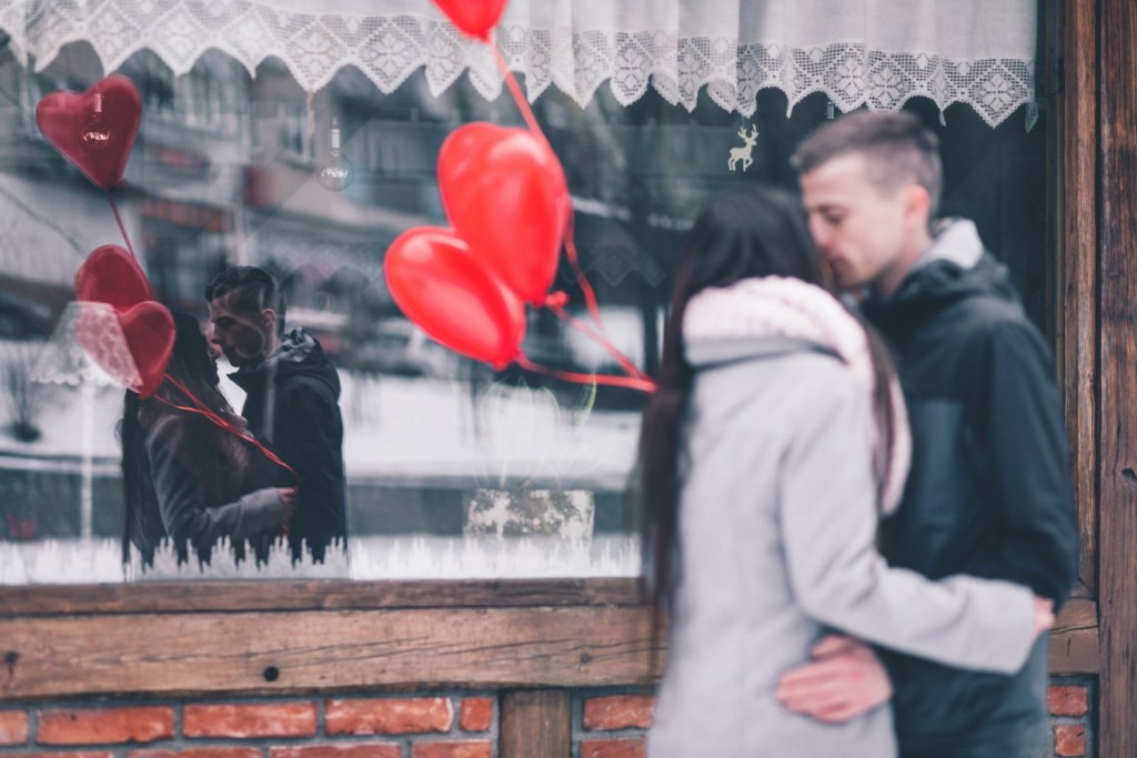 6 Fresh Date Ideas For Couples Who Can't Agree On How To Spend Valentine's Day