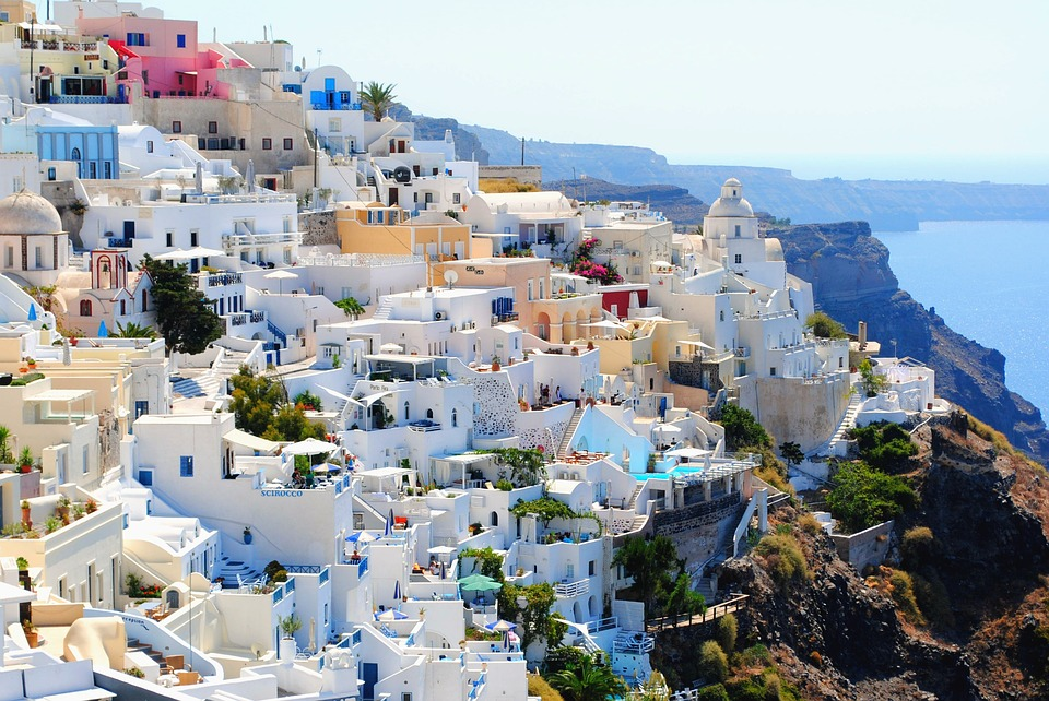 6 Breathtaking Destinations Of Greece You Must Not Miss