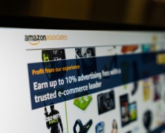 Amazon FBA vs. Affiliate Programs_1