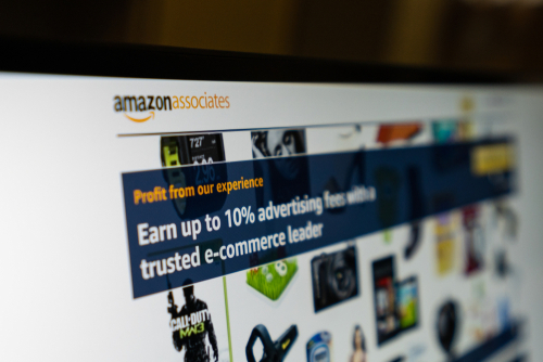 Amazon FBA vs. Affiliate Programs_1