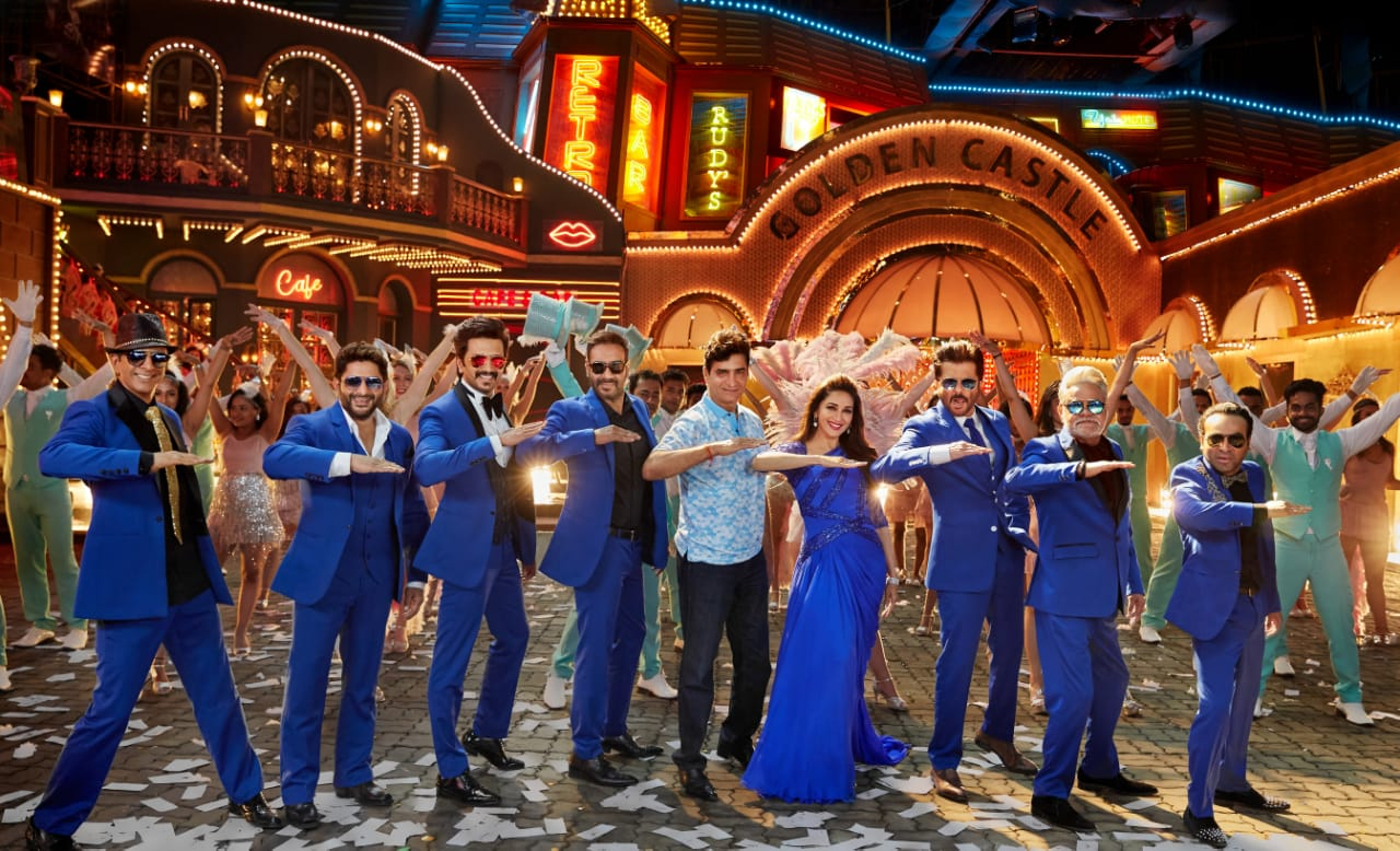 "New Bollywood Movie Trailer Of ""Total Dhamaal"""