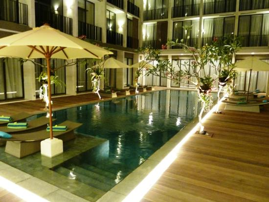hotel-terrace-at-kuta