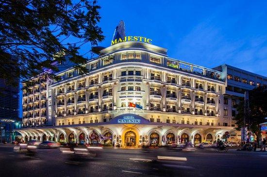hotel-majestic-saigon