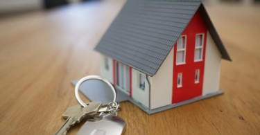 Eight Factors That Matter When Buying Property
