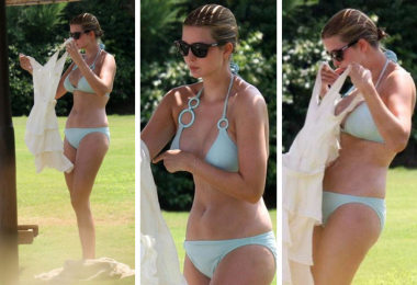 Ivanka Trump Sizzles In Bikini-Feature_image