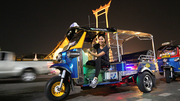 Night Tour By Tuk-tuk!