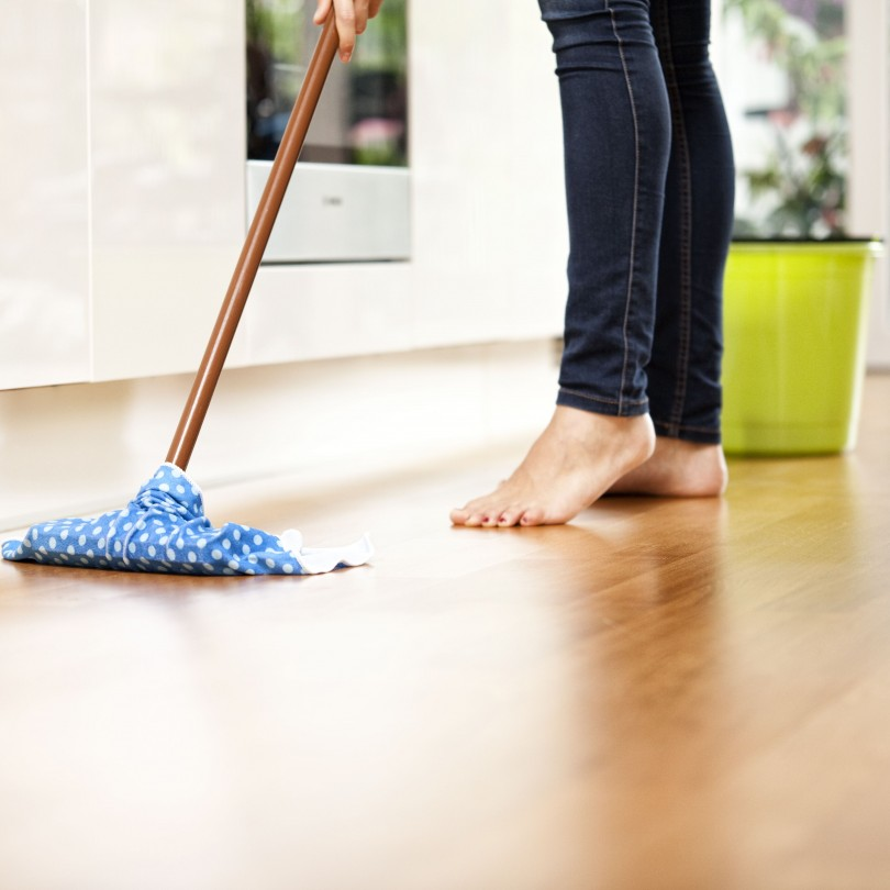 Cleaning Your Unfinished Wood Flooring_1