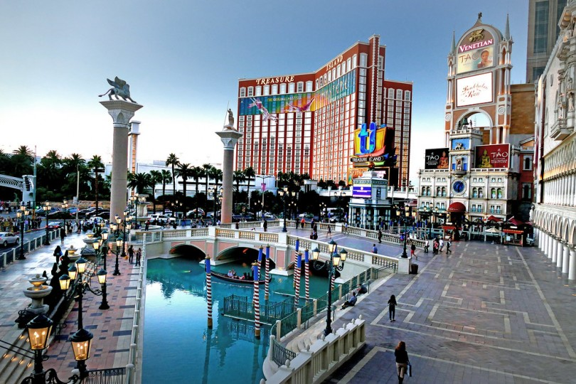 Crazy Things To Do In Vegas