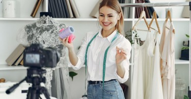 Tips To Start A Business With Wholesale Clothing