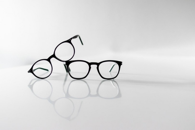Why Round Glasses For Men Are Trending Big Time