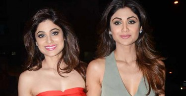 Shilpa Shetty's Pic With Shamita Shetty