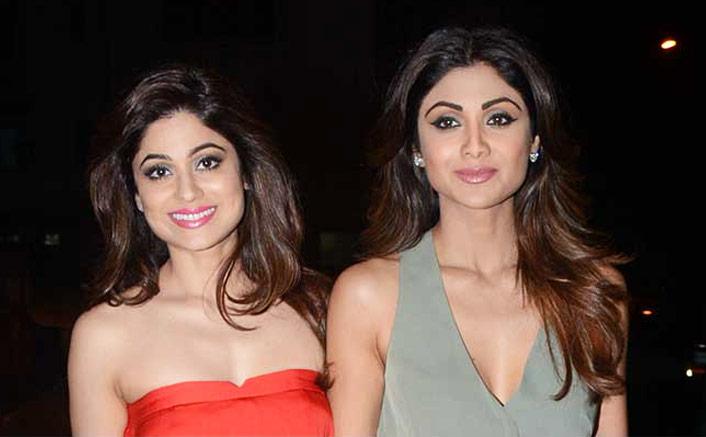 Shilpa Shetty's Pic With Shamita Shetty