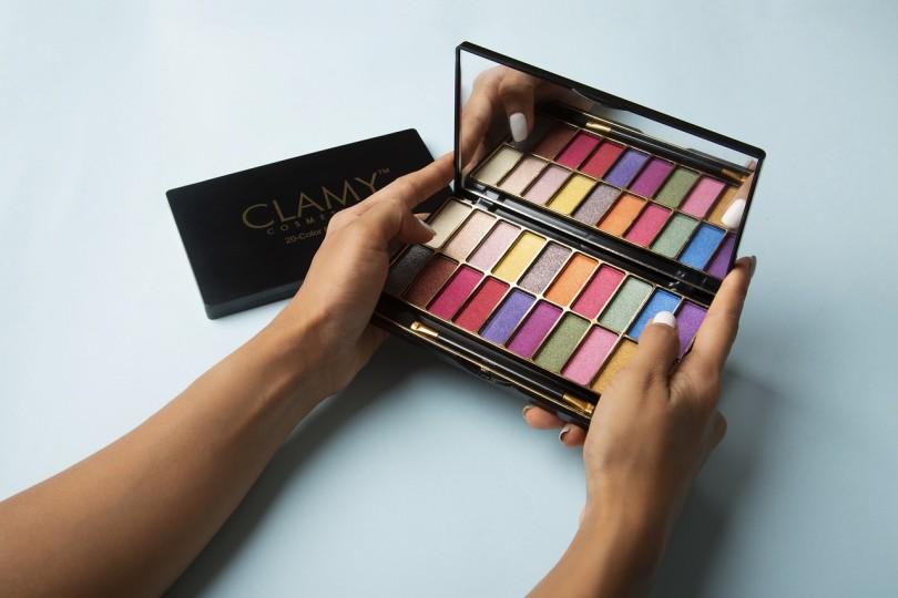 nudes makeup palette